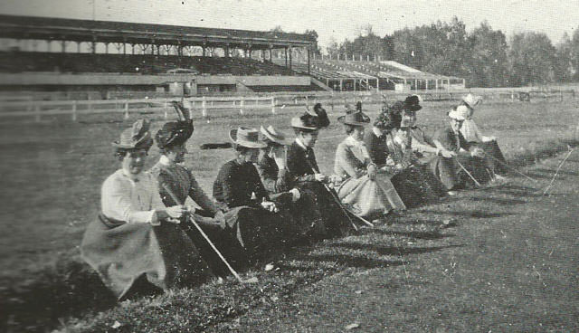 Women at Overland Golf Course in 1897