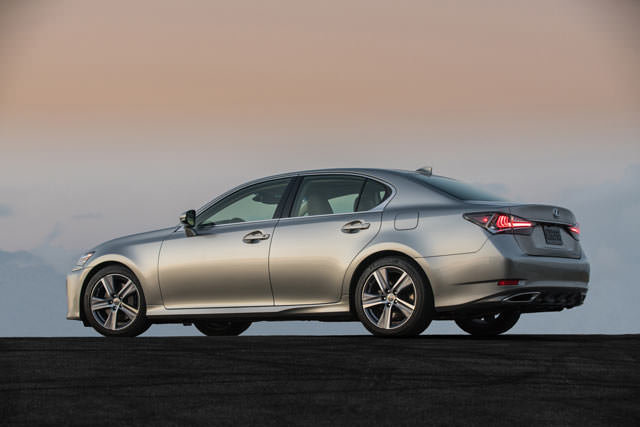 2016 Lexus GS200t review and photos