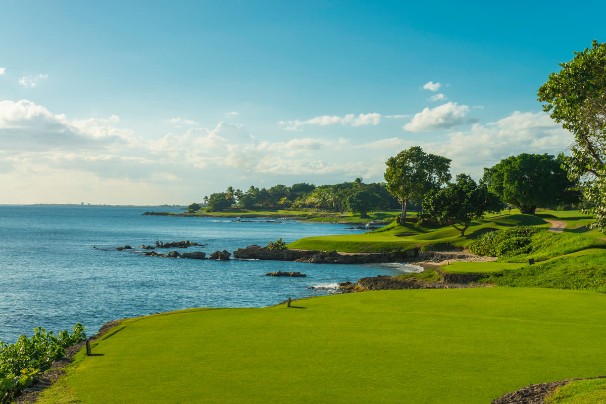 Is Pete Dye's Teeth of the Dog Still the Caribbean's Best Course?