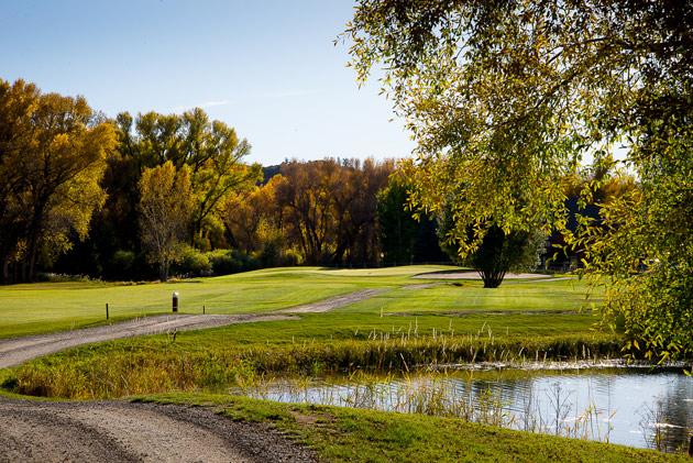 Hole 8 on Dos Rios Golf Club