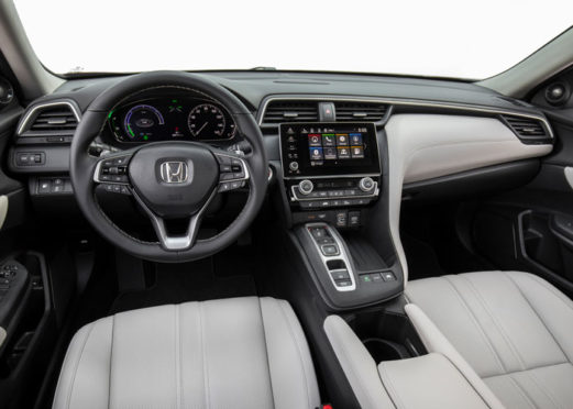Honda Insight Touring Interrior