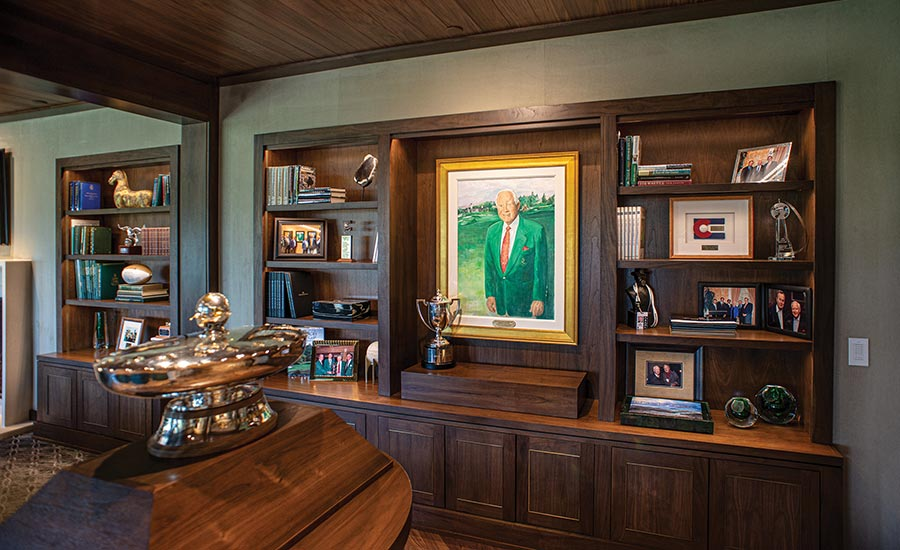 Castle Pines: Inside Clubhouse