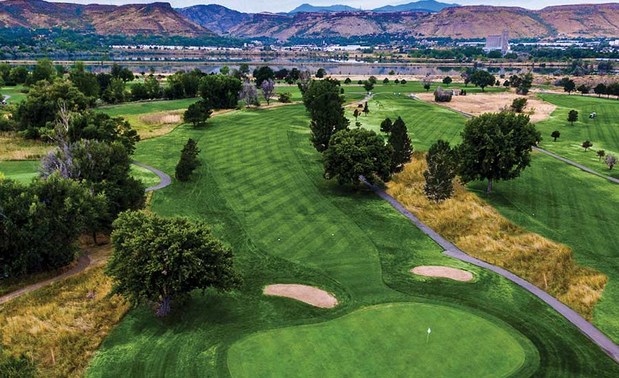 Applewood Mile High Golf