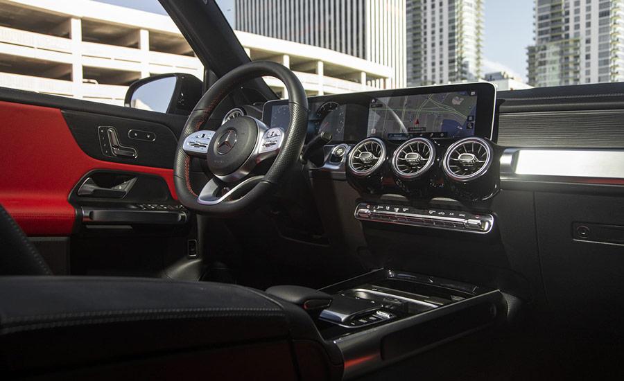 Mercedes GLB250 Interior