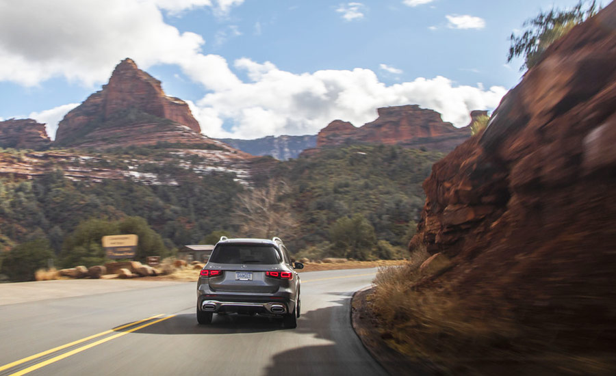 Mercedes GLB250 in the mountains
