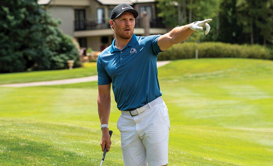 Gabe Landeskog Golfing 3