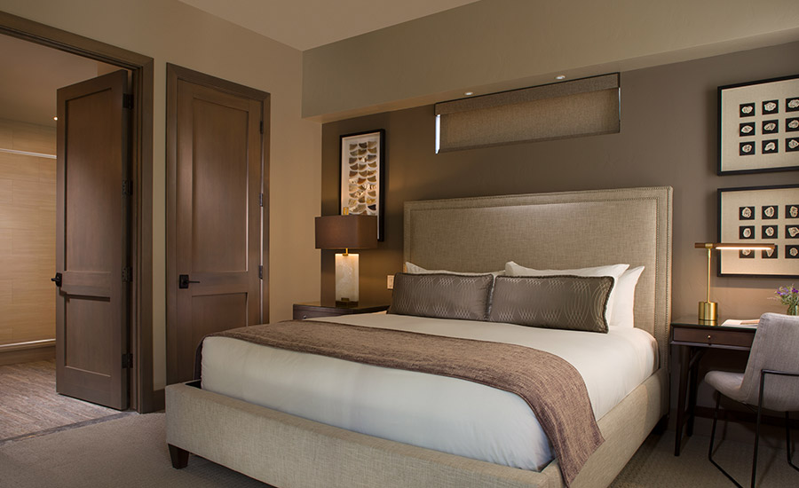 Room: Garden of the Gods Resort and Club and Strata Integrated Wellness and Spa
