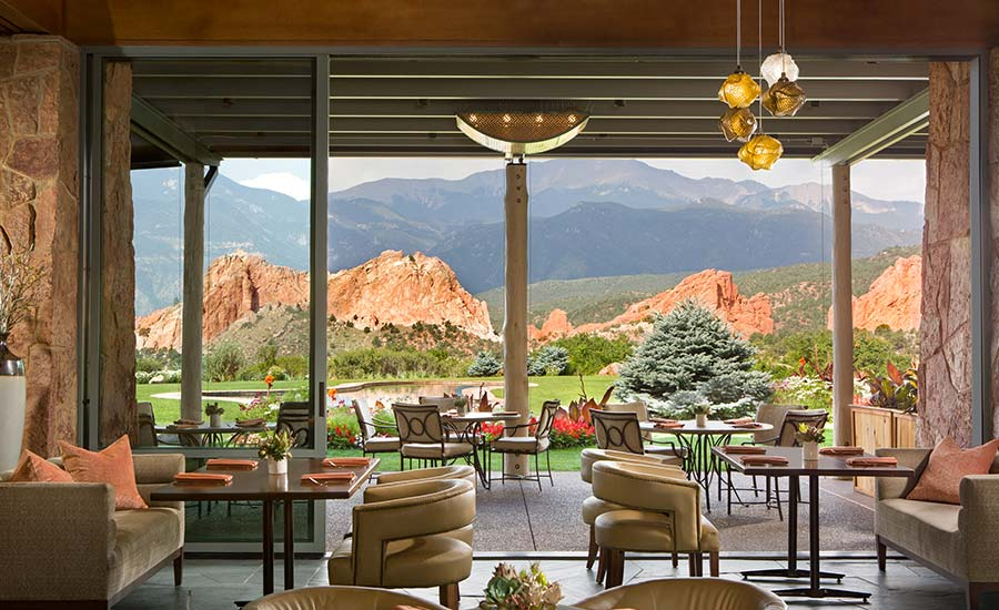 Dining Room: Garden of the Gods Resort and Club and Strata Integrated Wellness and Spa