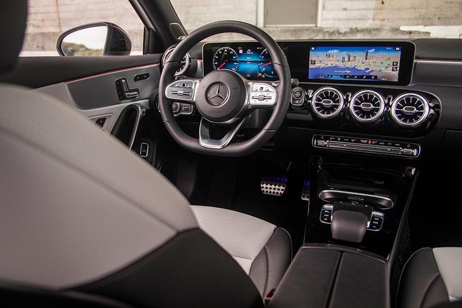 A220 Benz